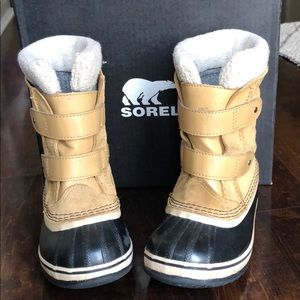 SOREL Childrens 1964 Pac Strap Snow Boots Curry 12
